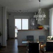 Integración de salón y cocina